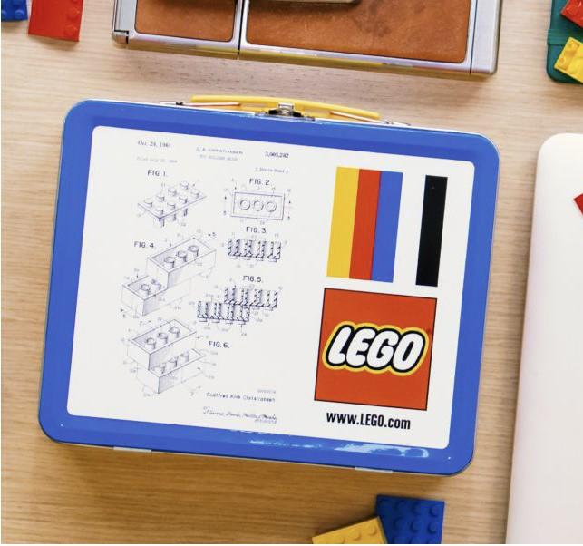 5006017-1: LEGO Lunch Box
